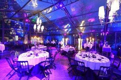 orangerie cérémonie @ le grand salon te Beersel - traiteur aromate - huwelijk mariage feestzaal salle de mariage, witte orangerie - veel licht en veel groen dineren in een orangerie in de winter