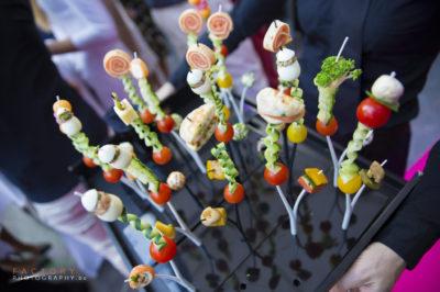 gardens of aromates-funcky brochette - traiteur aromate - huwelijk mariage feestzaal salle de mariage